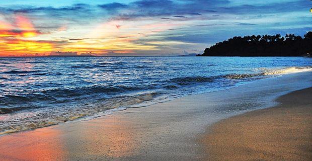 Pantai Senggigi Tempat Wisata Lombok Yang Eksotis