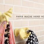 gantungan bentuk tangan dari bubur koran