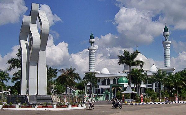 Indahnya Monumen Lancor Madura