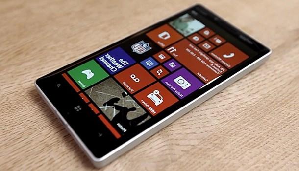 Nokia Lumia 929 Buat Kamu Yang Pengen Punya HP Keren