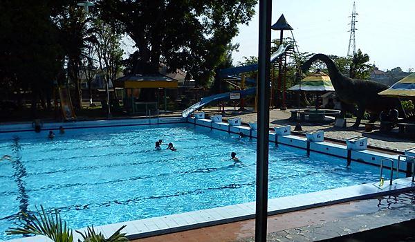 Taman Wisata Pagora di Kota Kediri