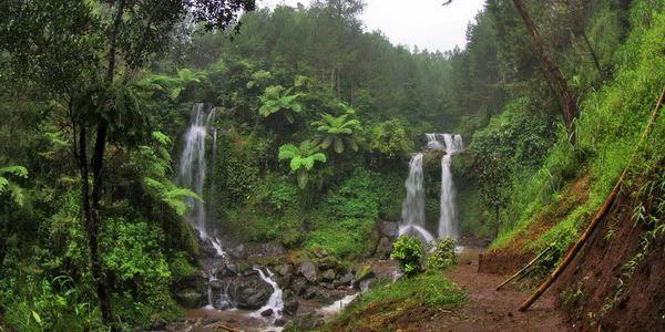 anorama Keindahan Air Terjun Grenjengan KabarDunia.com_Panorama-Keindahan-Air-Terjun-Grenjengan_