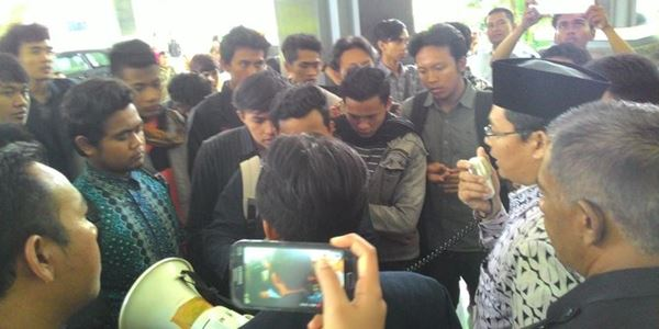Sering Nantang Carok, Wakil Dekan UIN Malang Didemo