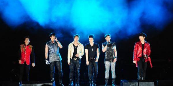 Besok Konser, 2PM Akhirnya Telah Tiba di Jakarta Pagi Ini