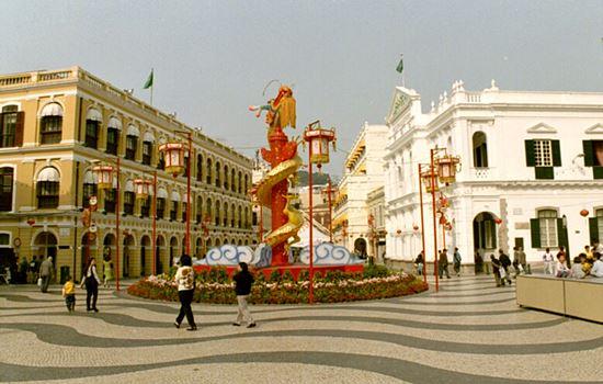 3 Arsitektur Menawan Di Macau yang Wajib Dikunjungi Senado Square