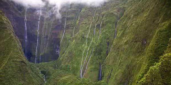 Wall of Tears, Air Terjun Cantik di Hawaii ini Bisa Bikin Orang Berdecak Kagum
