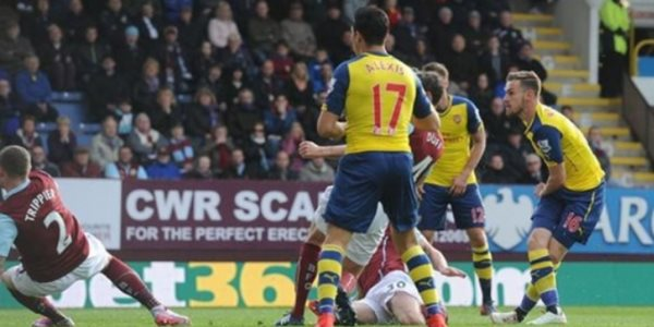 Arsenal vs Burnley Ramsey Jadi Pahlawan Kemenangan 8 Beruntun Arsenal