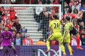 Southampton vs Tottenham Spurs: Pelle Cetak 2 Gol Paksa Hasil Imbang