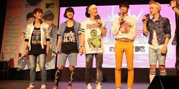 SHINee Gelar Fans Meeting untuk Rayakan Ulang Tahun Ketujuh Mereka