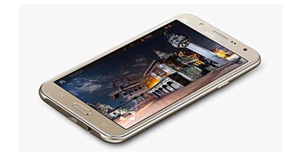 Dibekali Flash LED Depan, Galaxy J5 dan Galaxy J7 Resmi Rilis di China