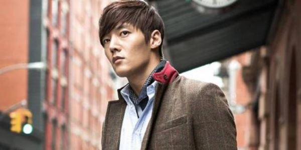 Lututnya Cedera Parah, Choi Jin Hyuk Terpaksa Masuk Ruang Operasi