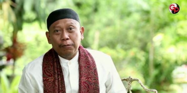 Ramadhan, Tukul Arwana Resmi RIlis Video Klip Religi Berjudul 'Senyum'