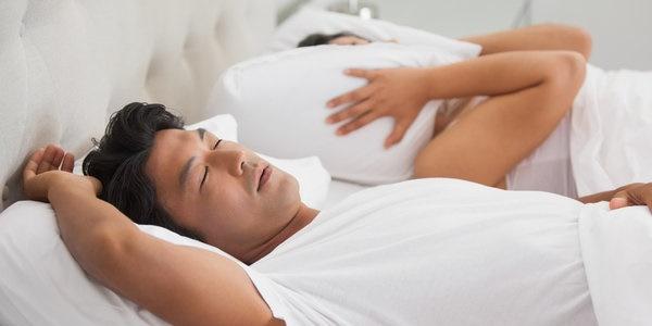 Benarkah Mendengkur saat Tidur Tanda Penyakit Jantung? Ini Jawabannya!