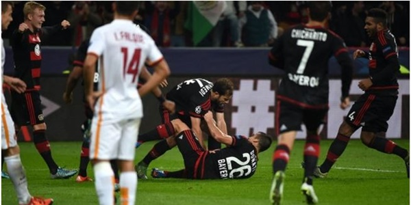Hasil Liga Champions Bayer Leverkusen vs AS Roma skor 4-4