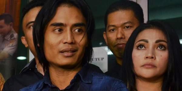 Tak Terima Istrinya Dilaporkan, Charly Laporkan Balik Rere Regina