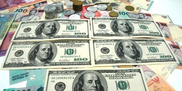 Terus Menguat Rupiah Tembus Rp 14.200 per USD