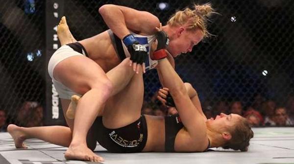 Dijagokan Menang, Ronda Rousey Justru KO di tangan Holly Holm!