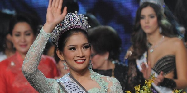 Inilah Foto Hot Anindya K Putri, Putri Indonesia 2015 yang Bikin geger