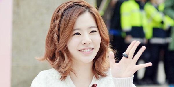 Berbalut Bikini Merah, Foto Seksi Sunny SNSD Ini Jadi Trending di Korea 2