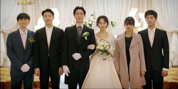 Tamat, 'Reply 1988' Ditutup dengan Pernikahan Manis Sun Woo dan Bora