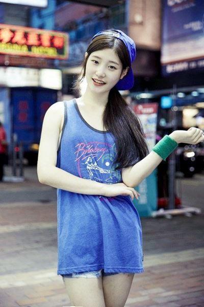 Mirip Joy Red Velvet, Personel Girlband Rookie Ini Banjir Pujian 2