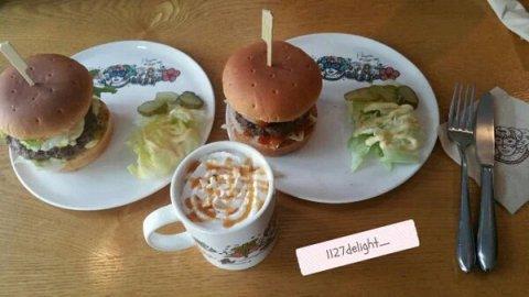 Harga Burger Terlalu Mahal, Ayah Chanyeol EXO Dikritik Netizen