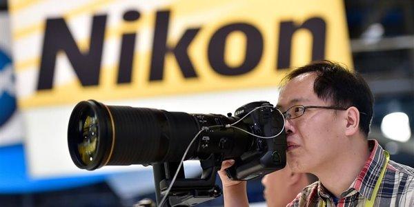 Baru Rilis, Inilah Spesifikasi dan Harga Nikon D5 dan Nikon 1 J5