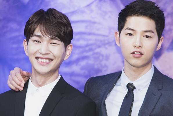 Main Drama Bareng, Ini Nasehat Song Joong Ki Buat Onew SHINee