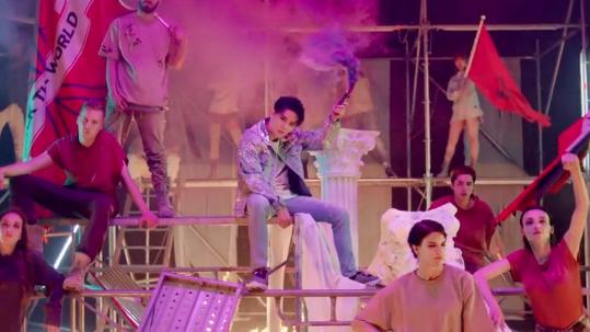 Junsu JYJ Bawakan Lagu Hip-Hop Lewat MV 'Rock The World'