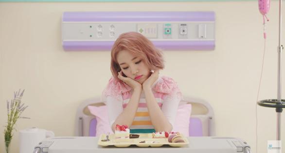 "Baek Ah Yeon Comeback Dengan Merilis MV ""So So"""