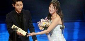 Raih Aktor/Aktris Populer, Song Joong Ki dan Song Hye Kyo Tampil Serasi