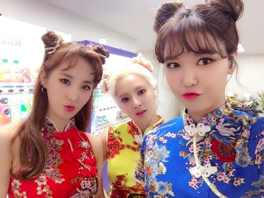 sooyoung-hyoyeon-yuri
