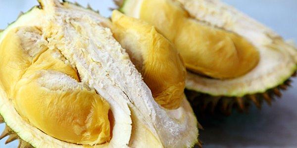 Anda Penggemar Durian? Simak 8 Manfaat Buah Durian Bagi Kesehatan Ini