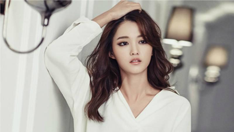 Nam Bo Ra Menyangkal Kedekatannya Dengan Idol C