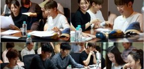 "Shin Min Ah Hadiri Pembacaan Naskah Pertama ""With You Tomorrow"""