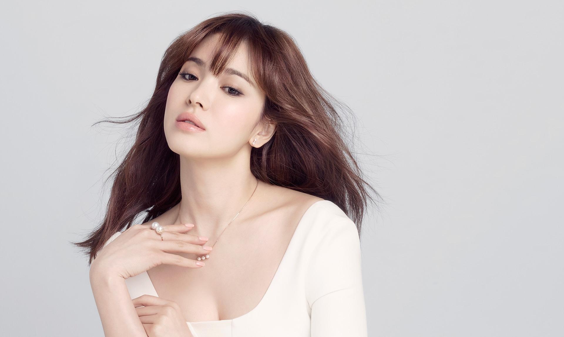 Song Joong Ki Bakal Jadi Guest di Jumpa Fans Song Hye Kyo?