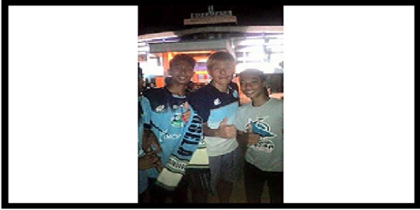 semangat-juang-supporter-la-mania-kabardunia KabarDunia.com_semangat-juang-Supporter-LA-Mania-KabarDunia_