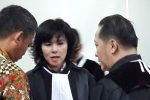 Akui Salah Ucap, Fifi Lety Pengacara Ahok Minta Maaf