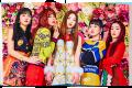 "Kostum Unik – Akting Konyol, Red Velvet Bikin Gemes di MV ""Rookie"""