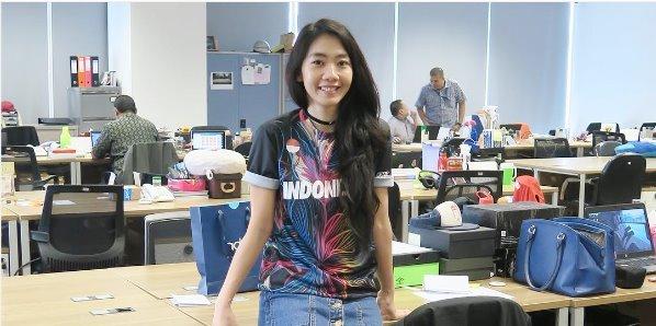 Fithri Syamsu, Pemain Futsal Wanita Berwajah Cantik Bak Model Top KabarDunia.com_Fithri-Syamsu-Pemain-Futsal-Wanita-Berwajah-Cantik-Bak-Model-Top_Fithri Syamsu