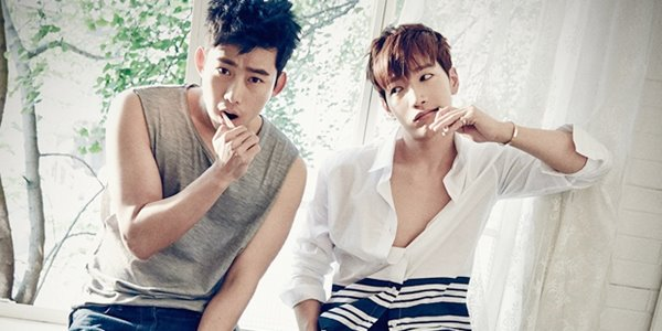 Habiskan Waktu Libur Wamil, Taecyeon dan Jun.K Main Bersama