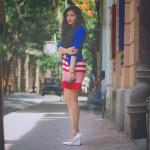 8 Inspirasi Outfit dengan Sepatu Putih 8