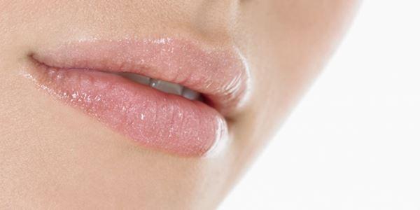 Cara Menghilangkan Kumis Tipis di Atas Bibir Wanita