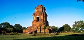 Sejarah Candi Brahu dan Candi Gentong