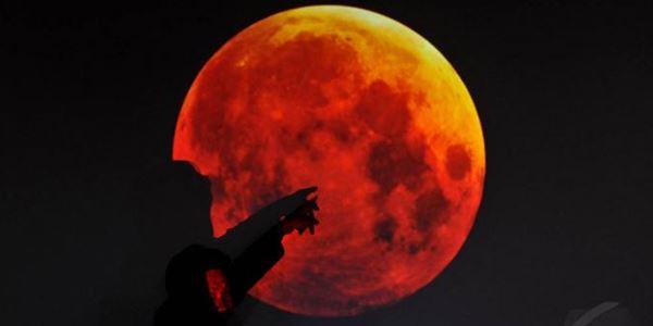 Besok, Gerhana Bulan Total Merah Darah Siap Kunjungi Indonesia