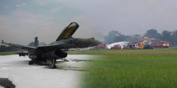 Hendak Atraksi Didepan Jokowi, Sebuah Pesawat F-16 Terbakar