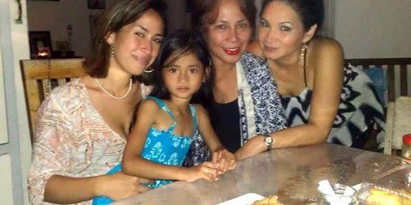 Tahu Anaknya Mati Tragis karena Warisan, Ibu Kandung Angeline Menyesal