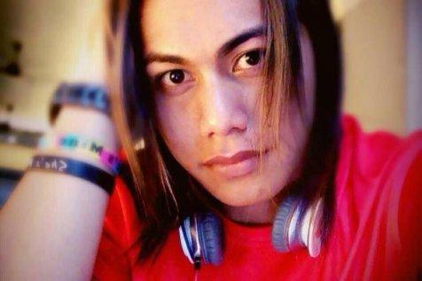 biodata Aprilia Santini Manganang