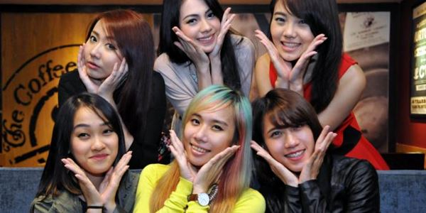 Cherrybelle Bubar Karena Iri Perlakukan Manajemen kepada Teenebelle!