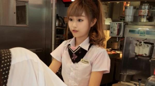 Wei Han Xu, Pelayan Restoran Cepat Saji yang Sukses Bikin Heboh Taiwan 2